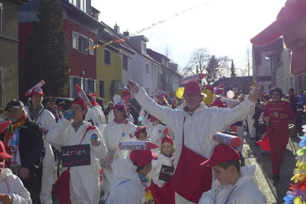 Die Monte auf dem Ossendorfer Karnevalszug 2016